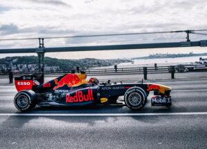 Vakkorama ve Formula 1 Pilotlarının İstanbul Videosu